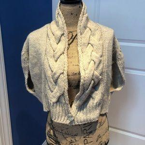 Beautiful Oatmeal crop Cardigan Shrug Sweater